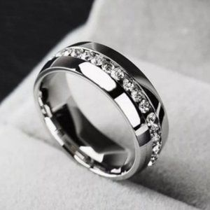 Silver Stainless Steel • Band Ring • Size: 6